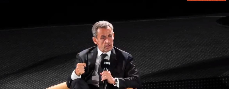 Comment Nicolas Sarkozy caricature la démocratie citoyenne ?